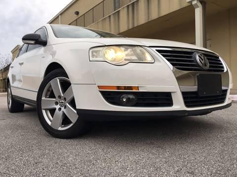 2007 Volkswagen Passat for sale at REDLINE AUTO SALES LLC in Cedar Creek TX