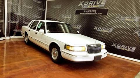 1996 Lincoln Town Car for sale in Dearborn Heights, MI