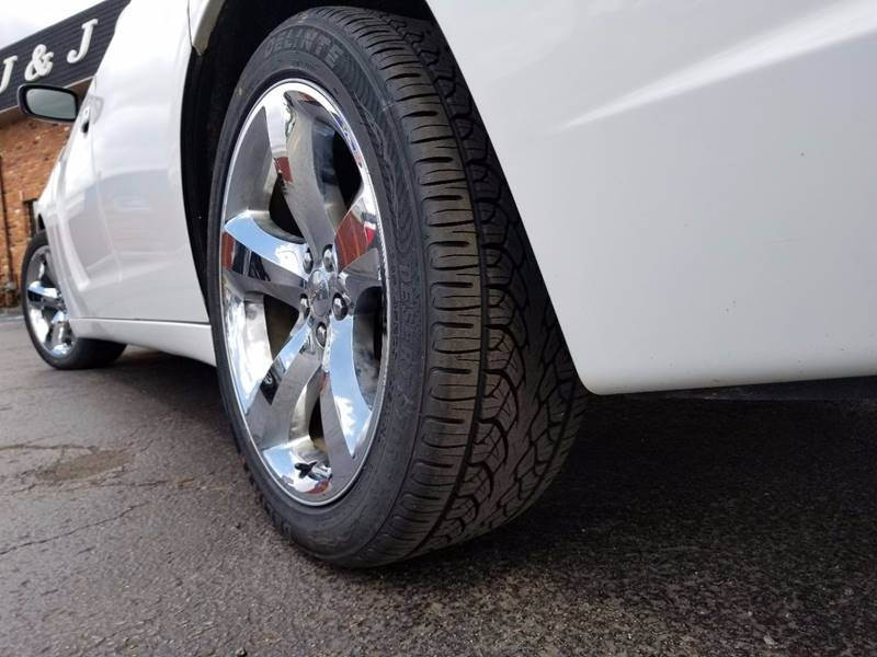 2011 Dodge Charger Rallye Plus 4dr Sedan - Dearborn Heights MI