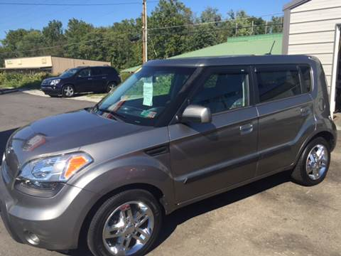 2010 Kia Soul for sale at Auto Credit Connection LLC in Uniontown PA