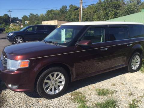 2010 Ford Flex for sale at Auto Credit Connection LLC in Uniontown PA