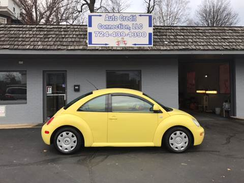 2000 Volkswagen New Beetle for sale at Auto Credit Connection LLC in Uniontown PA
