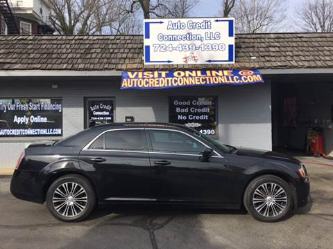 2013 Chrysler 300 for sale in Uniontown, PA