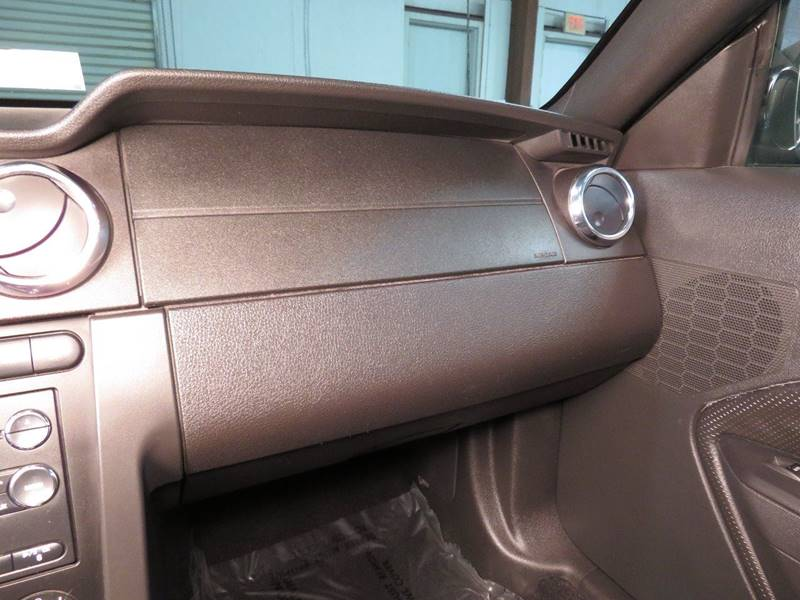 2008 Ford Mustang for sale at CarPlex in Manassas VA