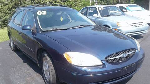 2002 Ford Taurus for sale at EASY AUTO CREDIT in Van Wert OH