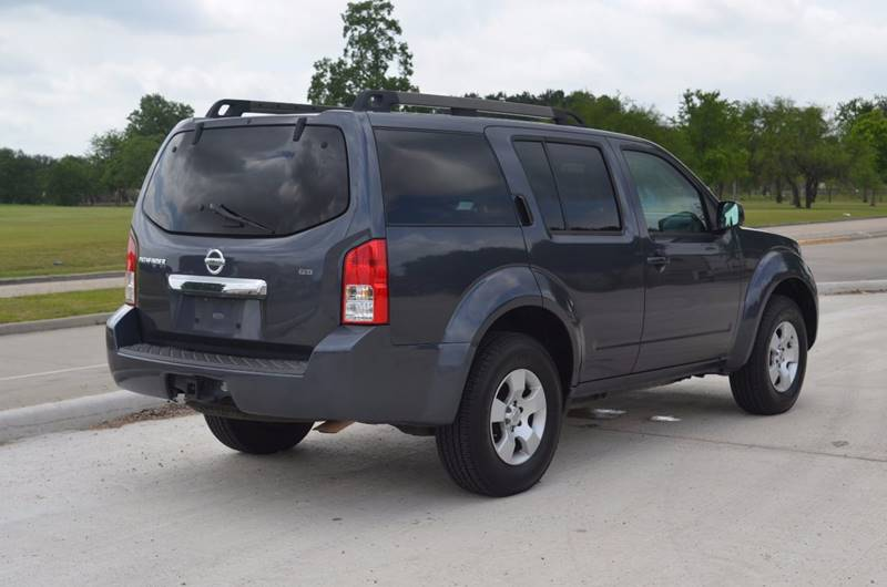 2010 Nissan Pathfinder for sale at TEXAS SHOWCASE in Houston TX