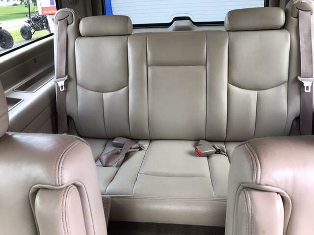 2004 GMC Yukon XL for sale at CERTIFIED AUTO SALES in Le Roy NY
