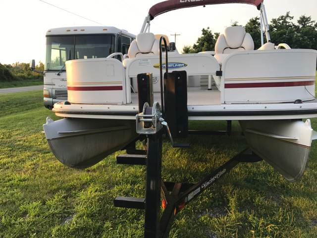 2007 Crestliner 2085 CFI for sale at CERTIFIED AUTO SALES in Le Roy NY