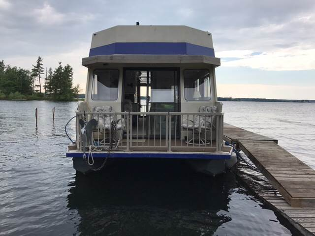 1986 Three Buoys Houseboat for sale at CERTIFIED AUTO SALES in Le Roy NY