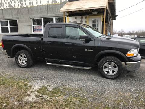 2009 Dodge Ram Pickup 1500 for sale at CERTIFIED AUTO SALES in Le Roy NY