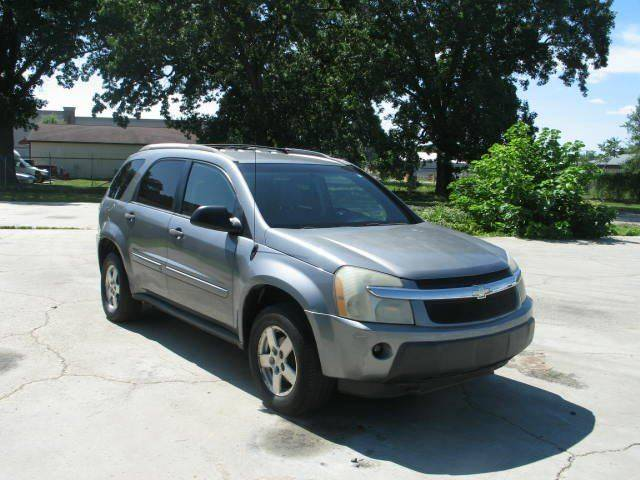 2005 Chevrolet Equinox for sale at Wholesale Kings in Elkhart IN