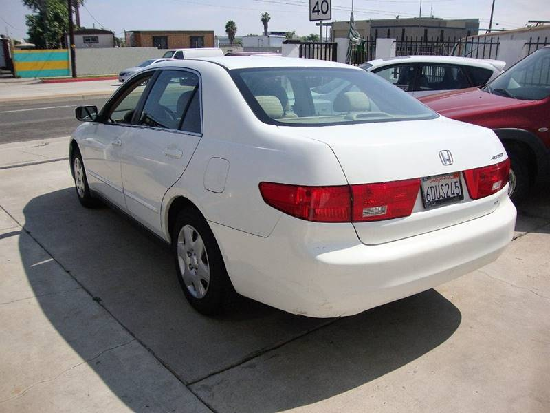 2005 Honda Accord for sale at Car Tech USA in Whittier CA