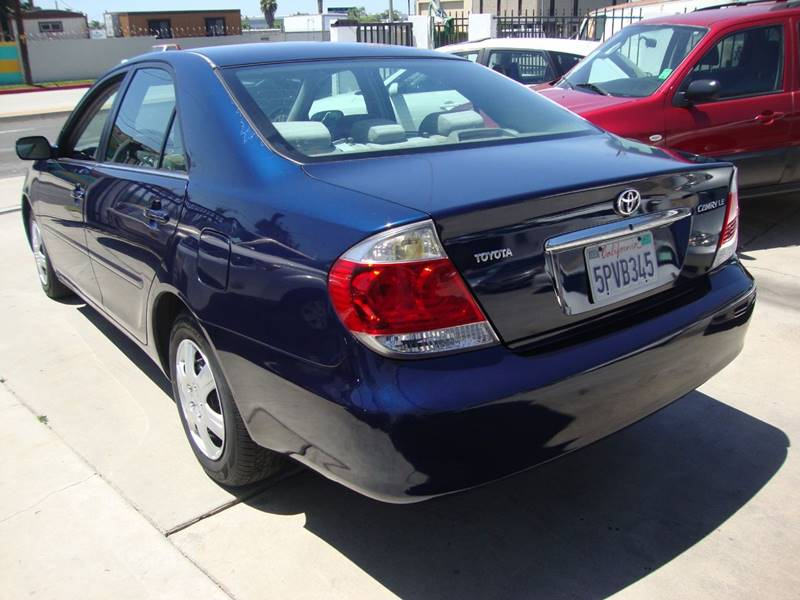 2005 Toyota Camry for sale at Car Tech USA in Whittier CA