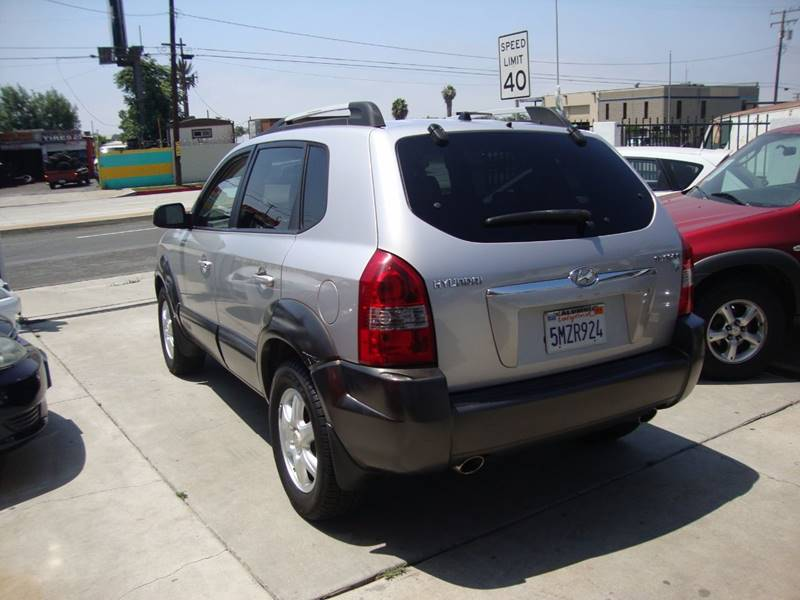 2005 Hyundai Tucson for sale at Car Tech USA in Whittier CA