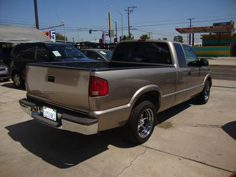 2000 GMC Sonoma for sale at Car Tech USA in Whittier CA