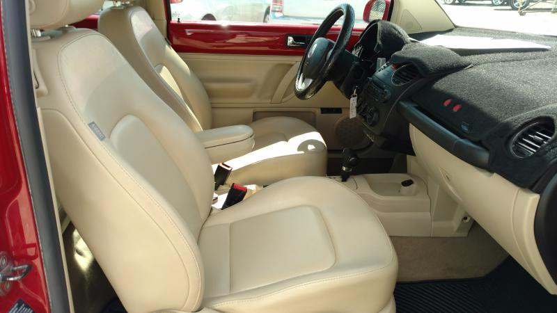 2006 Volkswagen New Beetle for sale at AUGE'S SALES AND SERVICE in Belen NM