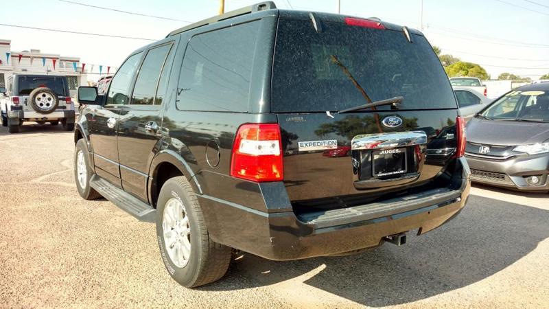 2011 Ford Expedition for sale at AUGE'S SALES AND SERVICE in Belen NM