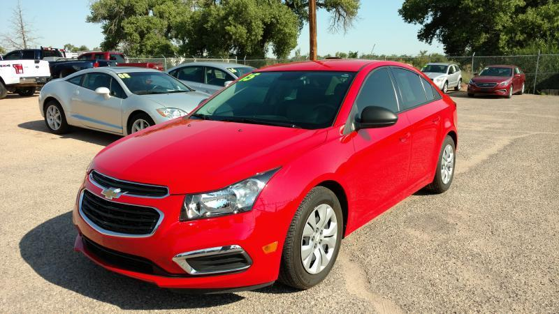 2015 Chevrolet Cruze for sale at AUGE'S SALES AND SERVICE in Belen NM