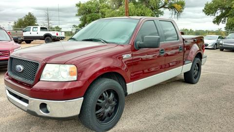 2006 Ford F-150 for sale at AUGE'S SALES AND SERVICE in Belen NM
