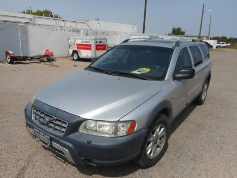 2005 Volvo XC70 for sale at AUGE'S SALES AND SERVICE in Belen NM