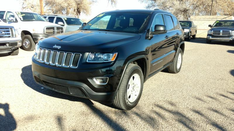 2016 Jeep Grand Cherokee for sale at AUGE'S SALES AND SERVICE in Belen NM