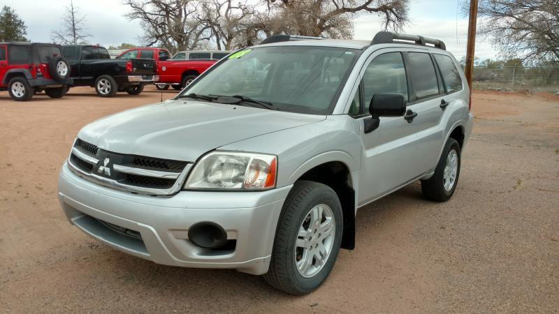 2008 Mitsubishi Endeavor for sale at AUGE'S SALES AND SERVICE in Belen NM