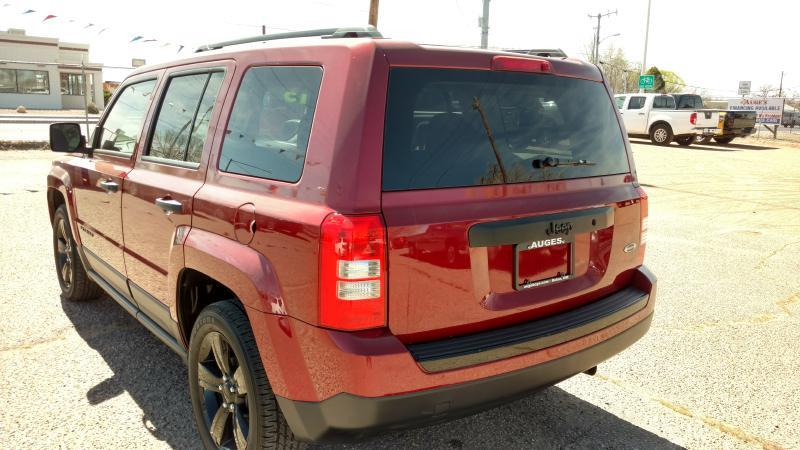 2015 Jeep Patriot for sale at AUGE'S SALES AND SERVICE in Belen NM