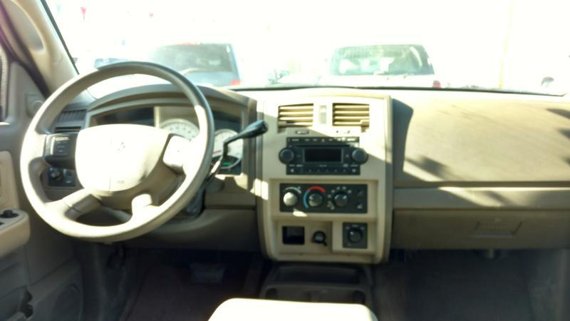 2005 Dodge Dakota for sale at AUGE'S SALES AND SERVICE in Belen NM