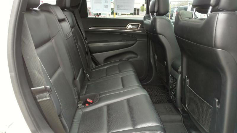 2015 Jeep Grand Cherokee for sale at AUGE'S SALES AND SERVICE in Belen NM