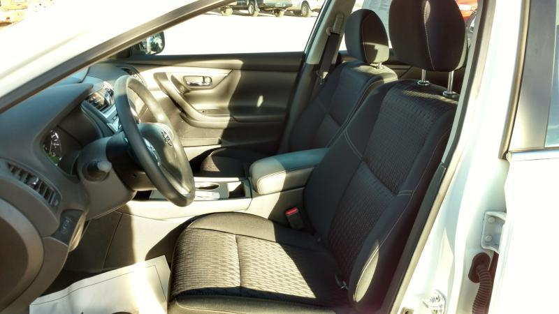 2016 Nissan Altima for sale at AUGE'S SALES AND SERVICE in Belen NM