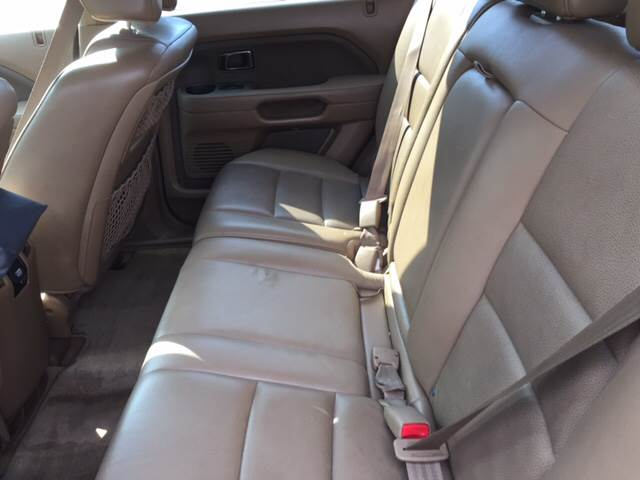 2007 Honda Pilot for sale at Neals Auto Sales in Louisville KY
