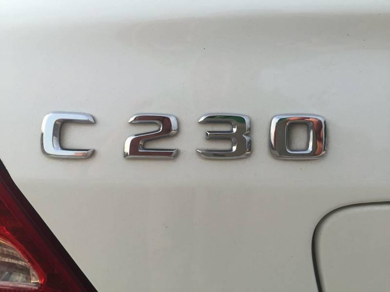 2006 Mercedes-Benz C-Class for sale at Santos Motors in Lewisville TX