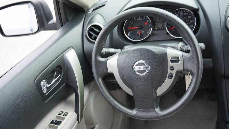 2012 Nissan Rogue for sale at Santos Motors in Lewisville TX