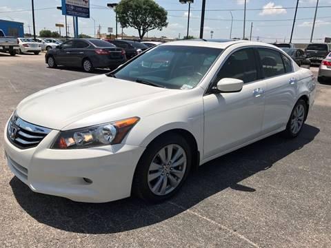2011 Honda Accord for sale at Santos Motors in Lewisville TX
