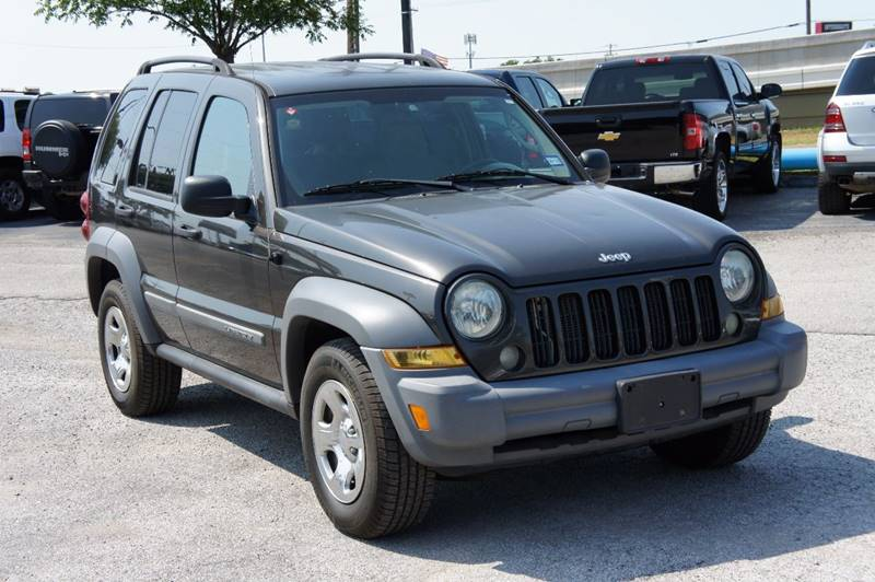 2005 Jeep Liberty for sale at Santos Motors in Lewisville TX