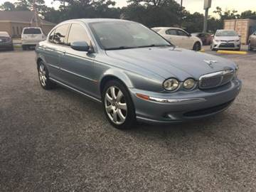 2004 Jaguar X-Type for sale at Santos Motors in Lewisville TX