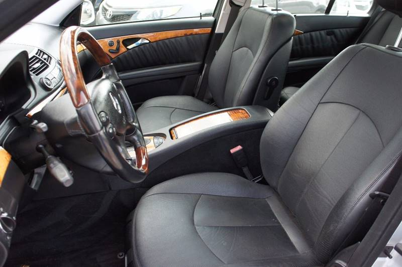 2007 Mercedes-Benz E-Class for sale at Santos Motors in Lewisville TX