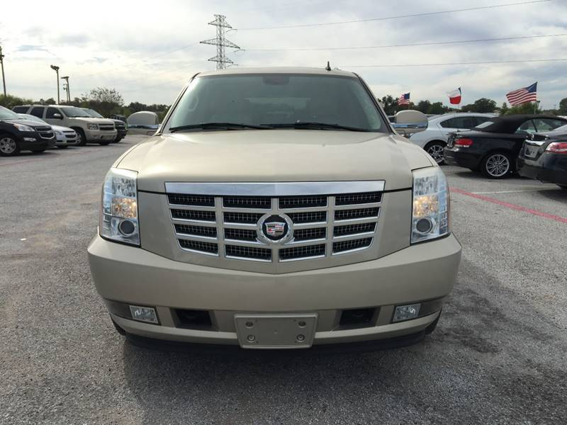 2007 Cadillac Escalade for sale at Santos Motors in Lewisville TX