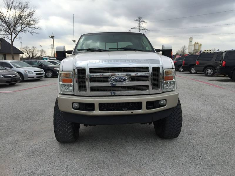 2010 Ford F-250 Super Duty for sale at Santos Motors in Lewisville TX