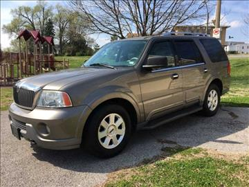 2004 Lincoln Navigator for sale at ARCH AUTO SALES in Saint Louis MO