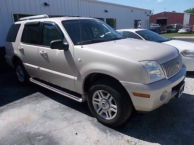 2005 Mercury Mountaineer for sale at Sinclaire Auto Sales in Pana IL