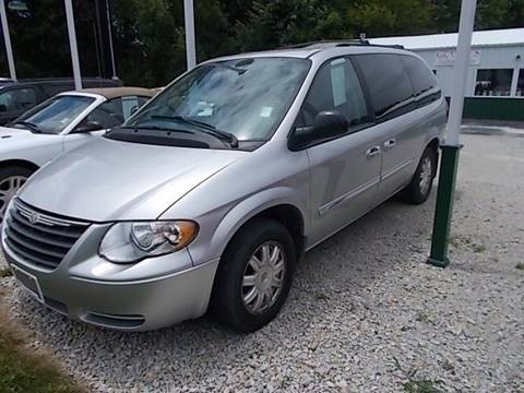 2006 Chrysler Town and Country for sale in Pana, IL