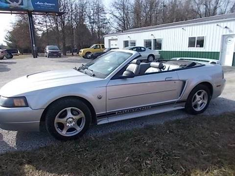 2004 Ford Mustang for sale at Sinclaire Auto Sales in Pana IL