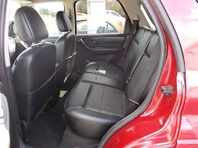 2007 Ford Escape for sale at Sinclaire Auto Sales in Pana IL