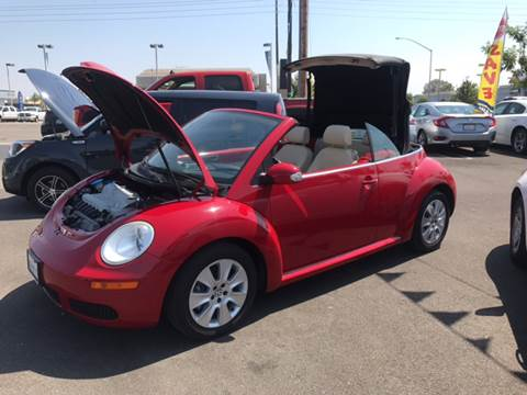 2010 Volkswagen New Beetle for sale in Modesto, CA