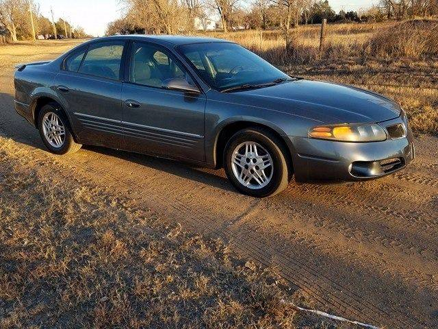 2005 Pontiac Bonneville for sale at TNT Auto in Coldwater KS