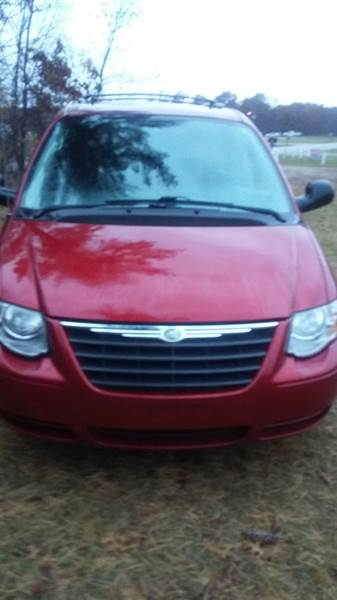 2006 Chrysler Town And Country In Howard City Mi Expressway Auto