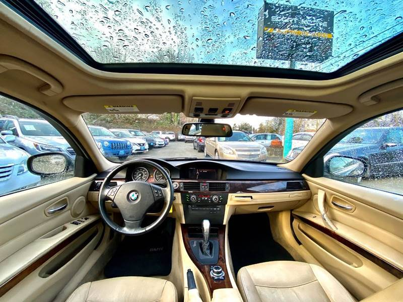 2011 BMW 3 Series 328i (image 14)