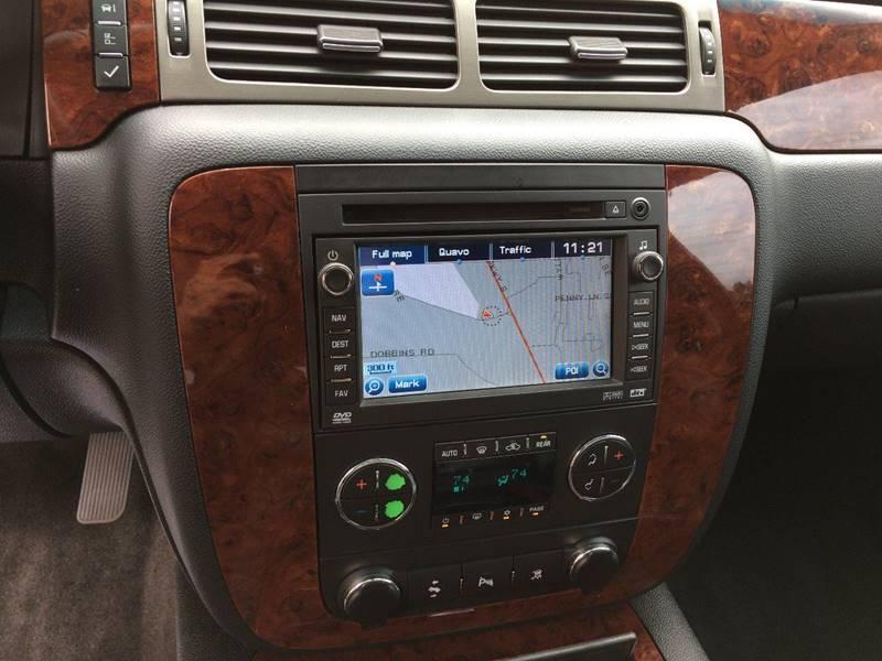 2009 Chevrolet Suburban 4x2 LT 1500 4dr SUV w/ 1LT - Marietta GA