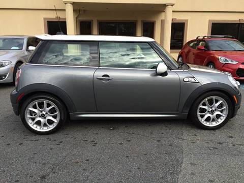 2007 MINI Cooper for sale at Highlands Luxury Cars, Inc. in Marietta GA